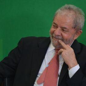 Após resultado favorável a Lula, PSDB retira enquete do ar https://t.co/Zg8qhS6rol