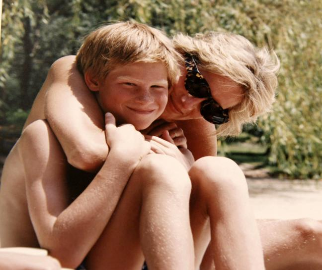 British princes discuss their mother Diana in new documentary https://t.co/RFbFBSsrwO