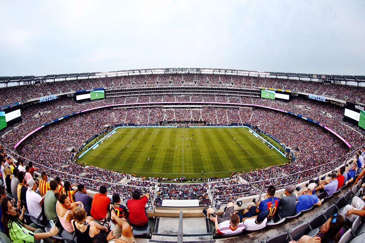 Público no MetLife Stadium: 82.104. Obrigado a todos os culés que nos apoiaram 👏👏👏 #BarçaUStour #JuveBarça https://t.co/TvsW7jHQFp