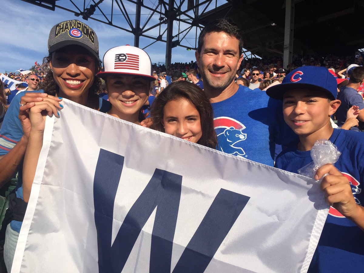 What a game! Thx @CredibleKev for the #FlyTheW flag...the kids will never forget their first trip to Wrigley! 😍@Cubs #GoCubsGo