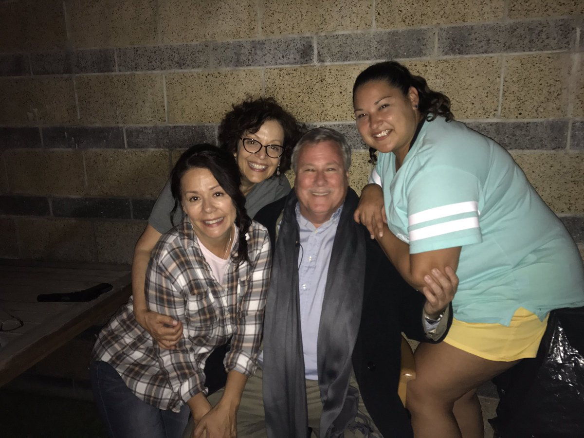 I&#39;m devasted by the loss of my dear talented friend #JohnHeard so lucky to work with him. #RIP #missyoualready @BroomStreetBoys<br>http://pic.twitter.com/mjauybzeIR
