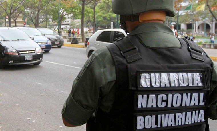 Efectivo de la #GN presuntamente violó a una adolescente en #Lechería https://t.co/RqnloHJ2tI