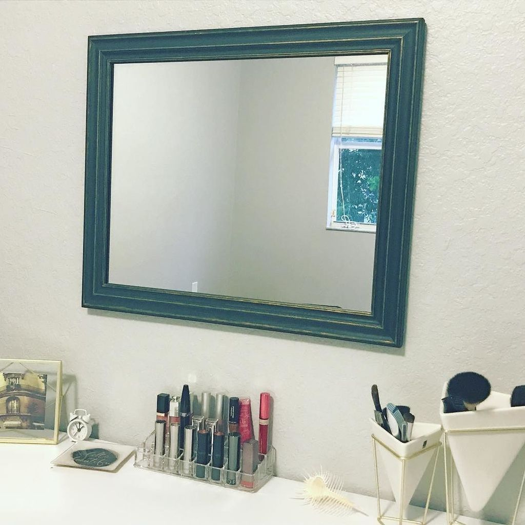 My vanity needed a mirror to complete the look. So with a half off frame from #MichaelsCraftStore, a touch of gold dry painted on, and a cu… <br>http://pic.twitter.com/5AVjl3OBMD