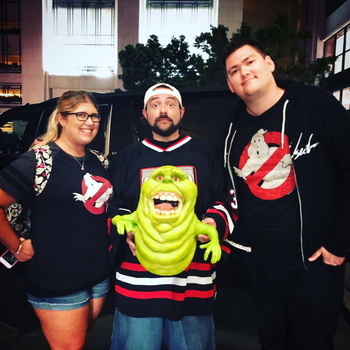 """spirit halloween on twitter: """"#kevinsmith was hanging out with"""