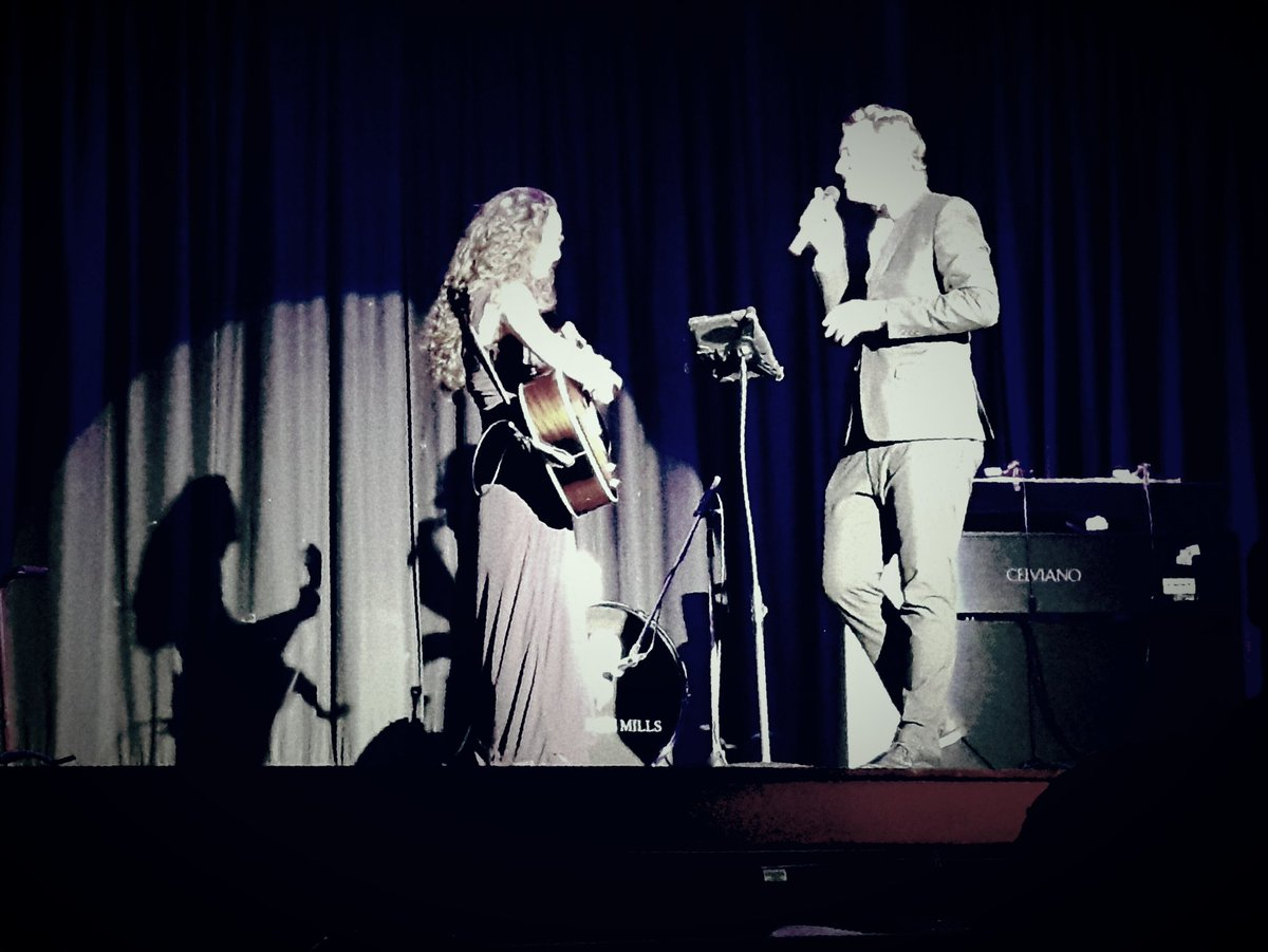 Truly magical moments from last night @sing_cm &amp; @daisy_burnell !  Talented and heart-warming #Devon #Musicians <br>http://pic.twitter.com/YCgxXp0y7n