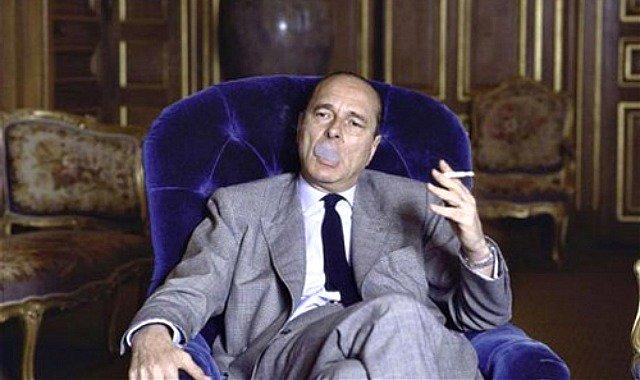Quand un coup de fil commence par &quot;je t&#39;appelle pour te demander conseil&quot;. - &quot;Ask wouat you need little shitty&quot; #Chirac <br>http://pic.twitter.com/Zh9Yn5QQeF