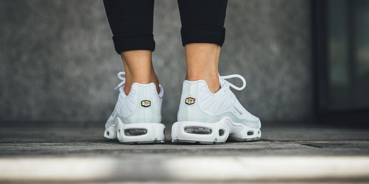 fce4095202 ... germany titolo on twitter nike wmns air max plus se white pure platinum  ice release monday