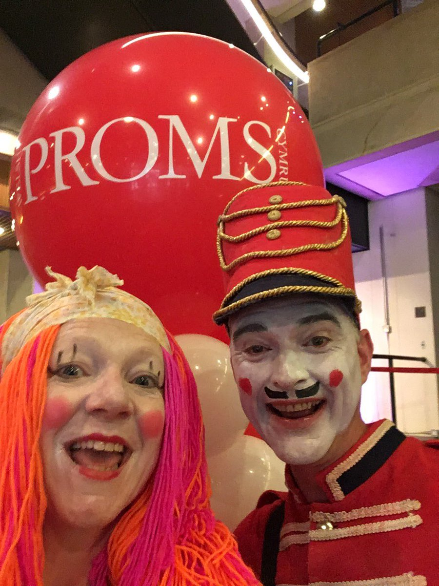 Toy time #FamilyProms @stdavidshall @ArtsActive today. #dance #music #orchestra #Cardiff #familyfun #<br>http://pic.twitter.com/bGdQTO5SDh