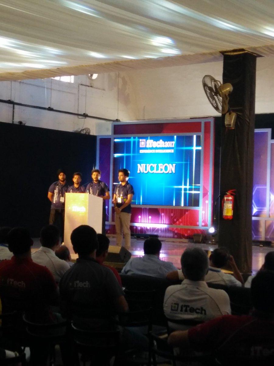 Team2 #NUCLEON #codathon #presentation #teamwork #tech #iTech2017 @itcinfotech<br>http://pic.twitter.com/JC1oEEIsNC