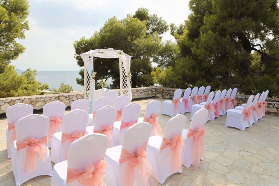 Surrounded by nature and love with an amazing sea view on your #Wedding day. Want to know where this is? Just asks us. #BookYourWeddingDay<br>http://pic.twitter.com/3NUct08v4s