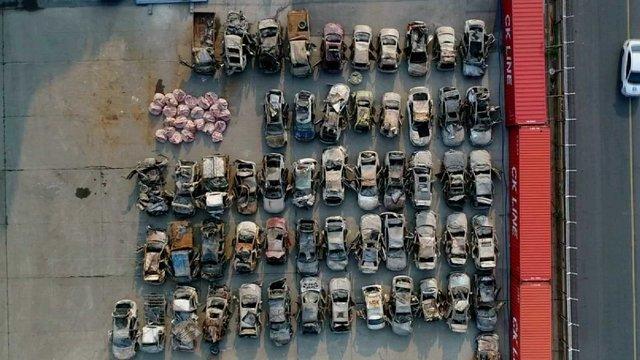 [JTBC 뉴스룸] #단독 하늘서 본 세월호 차량…바닷속 3년, 처참한 흔적 https://t.co/mLcjzpN9yx 오늘까지 차량 80여대 빼내. 차량 블랙박스 5대 수거했고, 디지털 포렌식 복원 예정. 미수습자 수색에 도움 될 단서 얻을지 주목.
