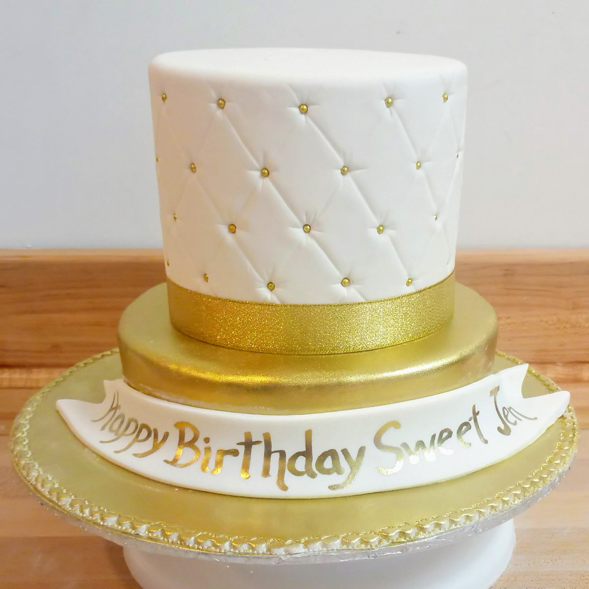 Fabulous Kristina On Twitter A Small Ish 24 Serving 2 Tier Cake Bling Birthday Cards Printable Inklcafe Filternl
