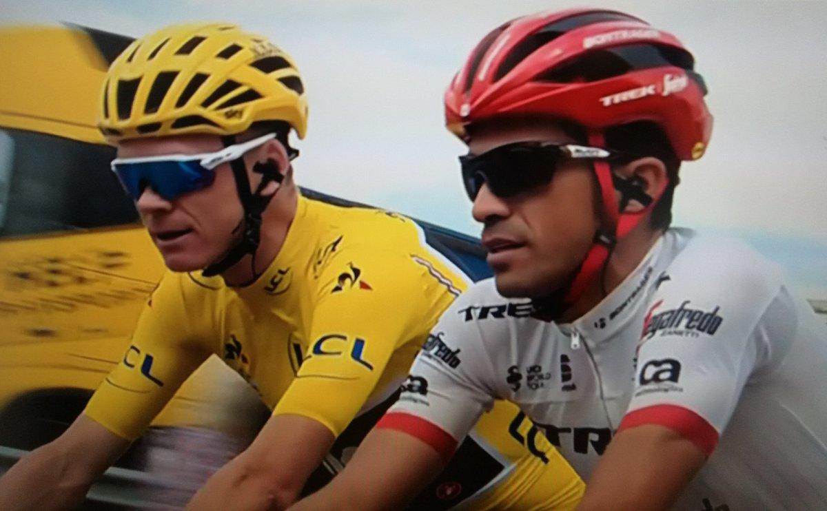Gentleman @albertocontador !! Bravooooo Campeon #Respect <br>http://pic.twitter.com/gJyziPg2Im