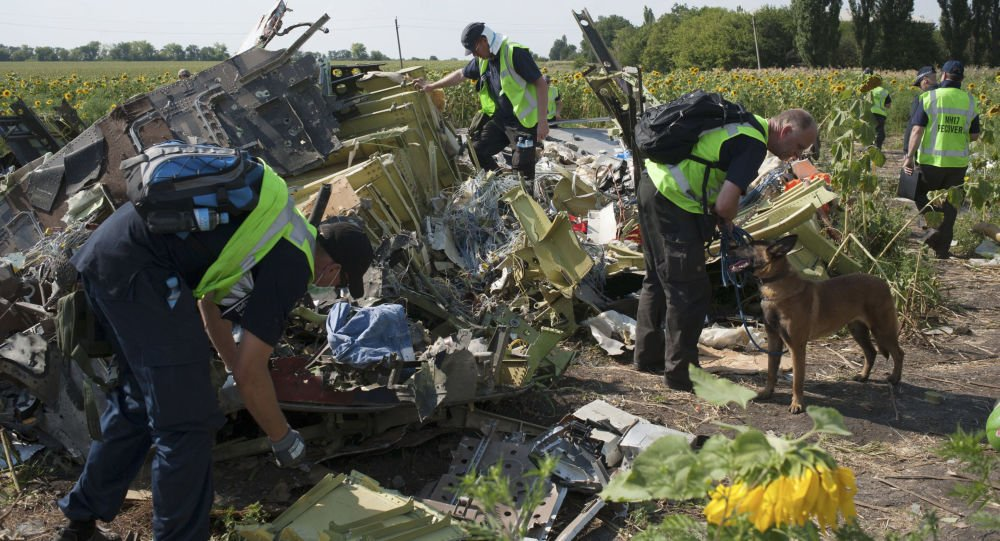 EXCLUSIVE: Kiev 'turned blind eye to lives of 298 people aboard #MH17' https://t.co/HJeXkaCCXa #ukraine