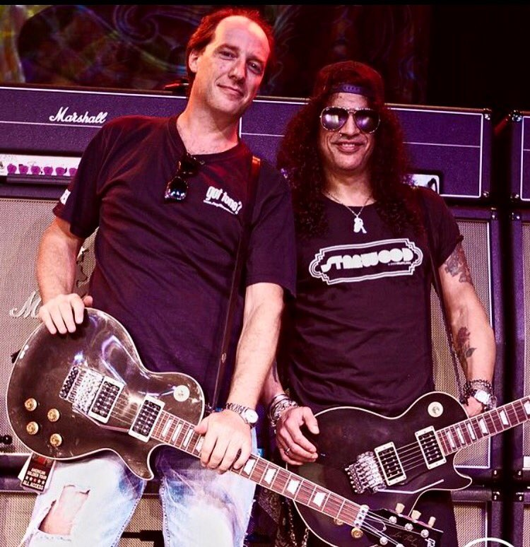 Happy Birthday to  http:// FU-Tone.com  &nbsp;   Cat @Slash! #slash #gibson #lespaul #legend #guitar #futone #marshallamp #bigblock @SeymourDuncan<br>http://pic.twitter.com/WwVNzLw3N7