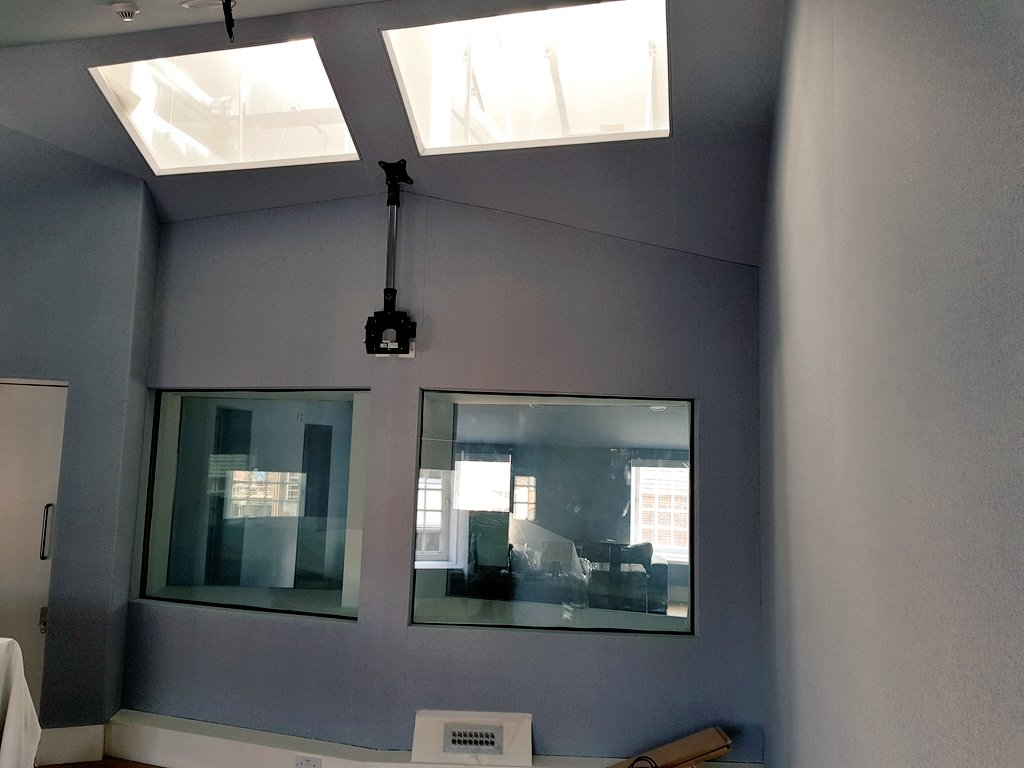 #london #studio complex refub complete. #Fabric changed in 8 rooms and inside 16 windows #liveinstall #proavinstall #recordingstudio<br>http://pic.twitter.com/XWaUv04AAV