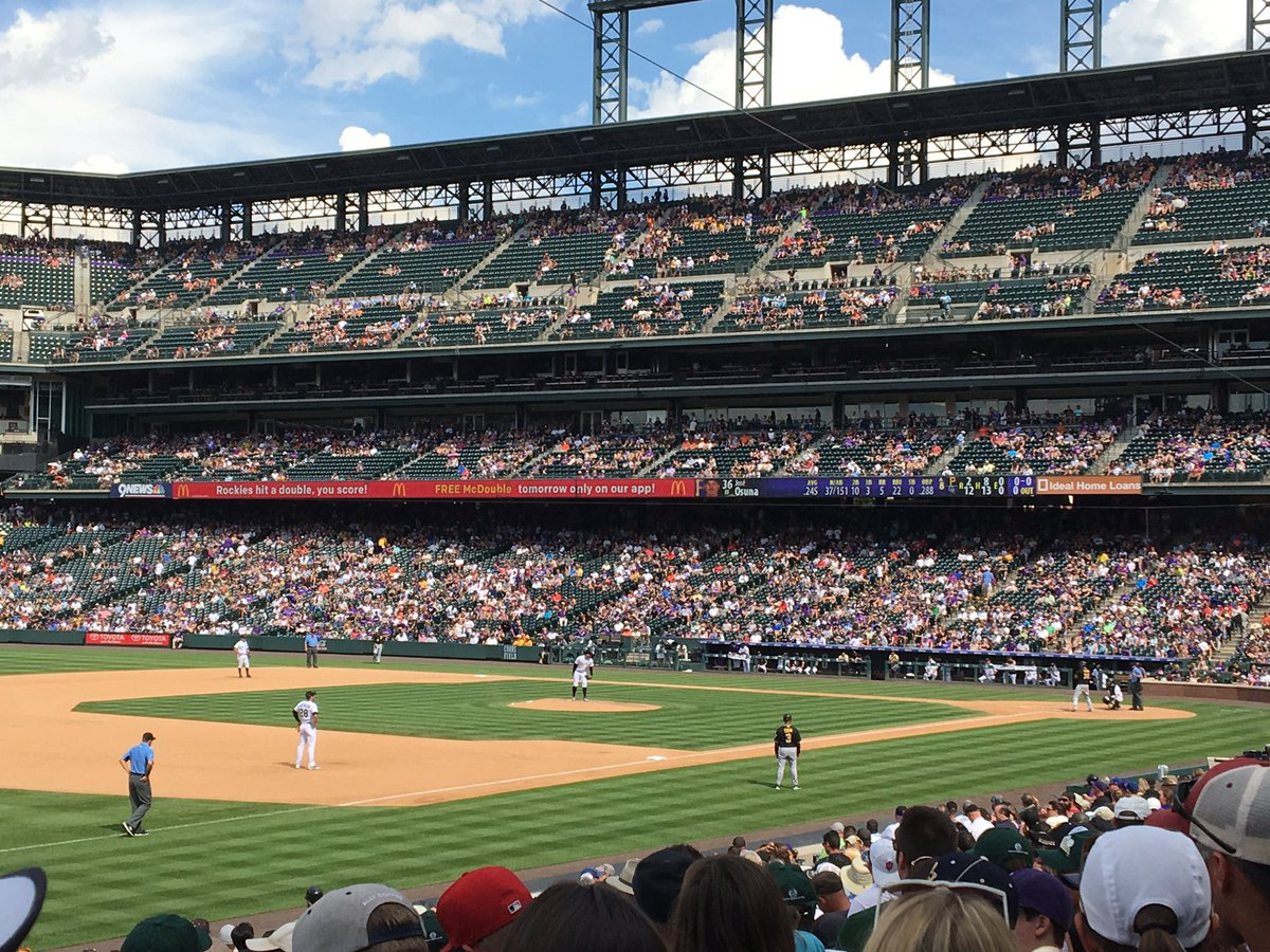 .@GoNUbaseball represented on the mound on @AlumniNU day at the @Rockies! Come on Ottavino! #Rockies <br>http://pic.twitter.com/PyvkWui8md