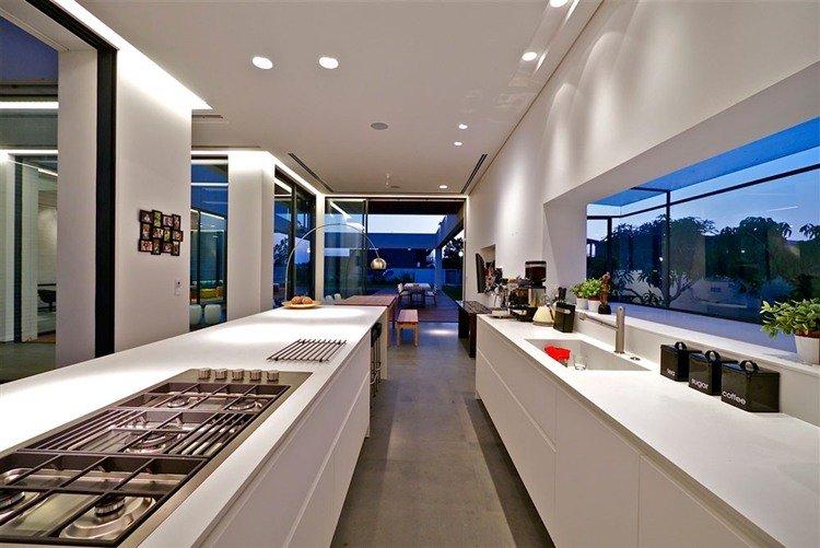 Five Star Caesarea by Maya Rosenberg    http://www. homeadore.com/2012/11/09/sta r-caesarea-maya-rosenberg/ &nbsp; …  Please RT #architecture #interiordesign <br>http://pic.twitter.com/0KHnzEGqfu