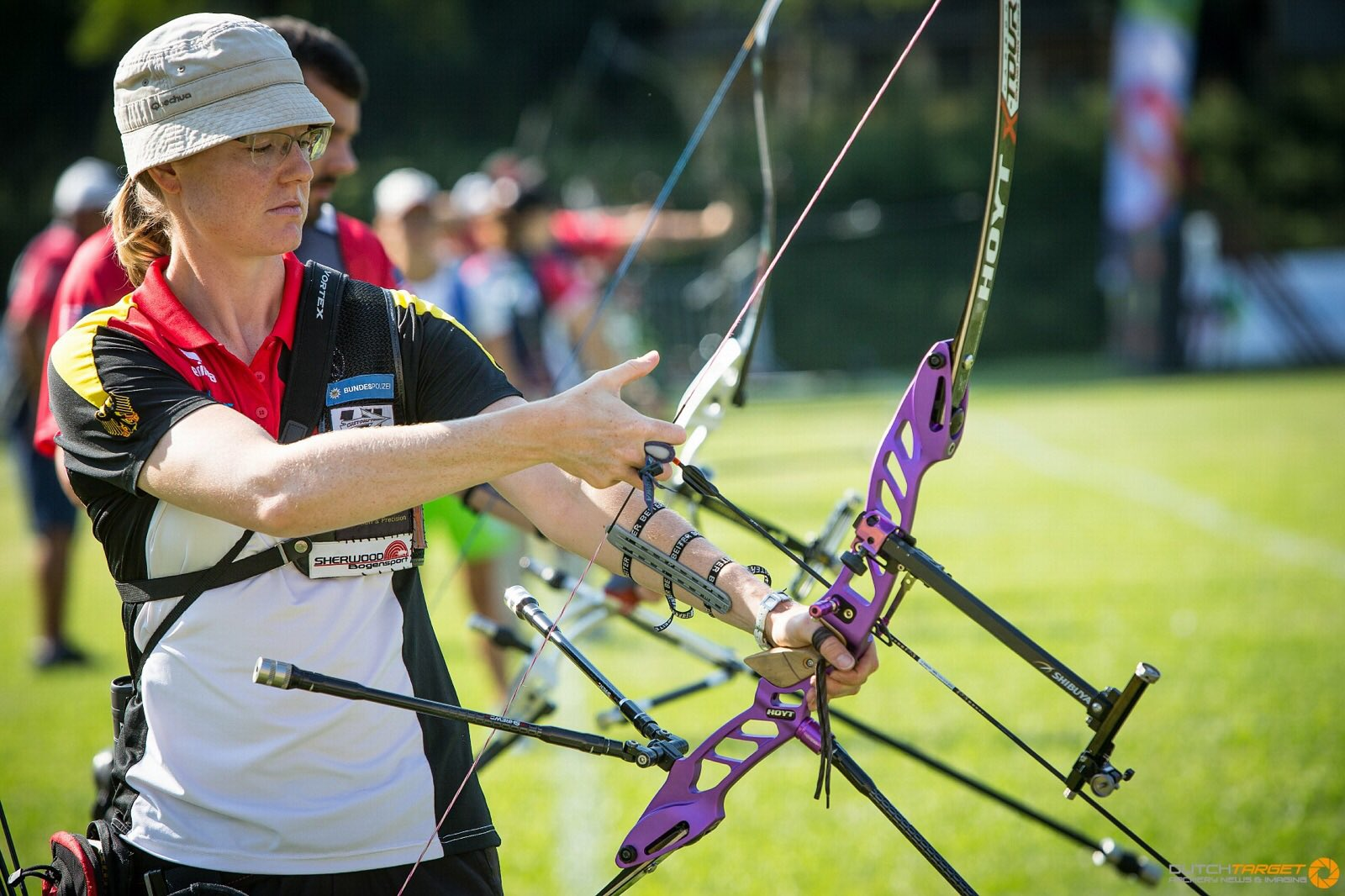 """shrewd archery on twitter """"lisa unruh qualifies first at"""