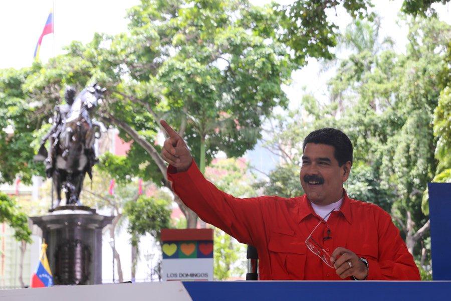 Presidente @NicolasMaduro: En Venezuela el único que da órdenes es el pueblo soberano