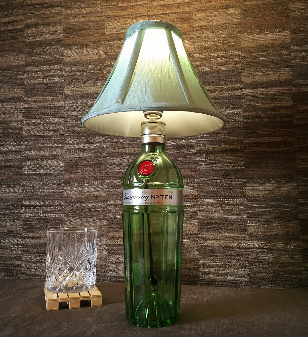 Another custom order done this week! #etsy #gin #upcycle #CraftHour #HandmadeHour #crafts #etsyshop #GiftIdea #green #steampunk #boho<br>http://pic.twitter.com/K3Y7trZ1jg