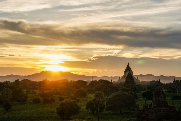 Is #Myanmar on your bucket list? This is why it should be before it's too late  http:// buff.ly/2ufhn4O  &nbsp;   #travel #adventuretravel #twwt<br>http://pic.twitter.com/nTPeibORxF