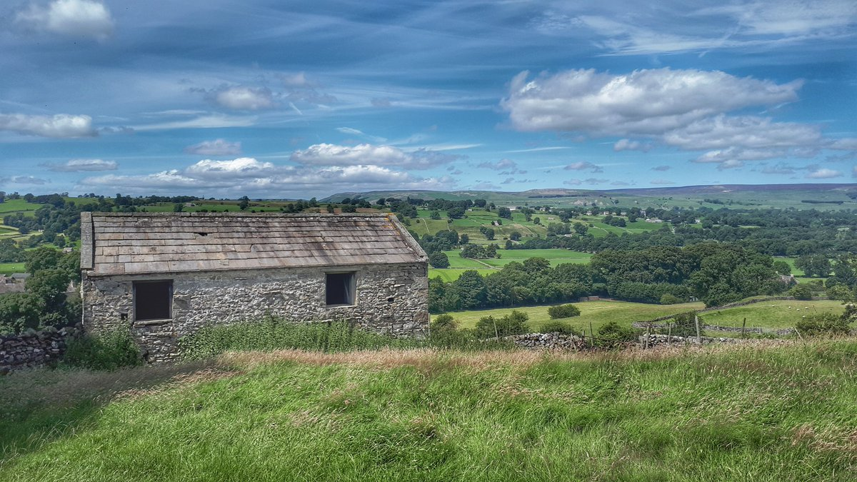 I love spending time in the dales. It provides tranquility and enriches the soul.  #Yorkshire #Therapy  <br>http://pic.twitter.com/StKUnRWVpP