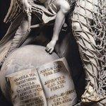 このクソヤバい彫刻を見てきました。作者はGenova生まれの彫刻家Francesco Queirol…