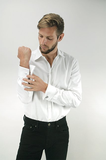 Sunday&#39;s best, in our true black denim and #HND cufflinks.  http:// HartNDagger.com  &nbsp;   #Swagger #MensStyle #MensFashion #Sunday<br>http://pic.twitter.com/IfIdHm6MVe
