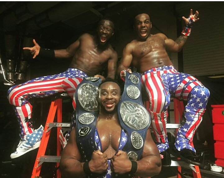 #NewDay became the first ever tag team to win both #Raw &amp; #SmackDown tag team Championship #Battleground<br>http://pic.twitter.com/FJLkq2nZCa