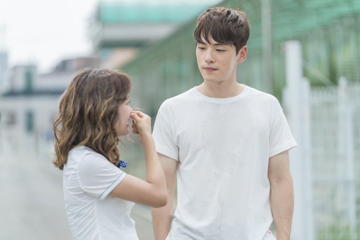 """inikpop on Twitter: """"Kim Jung Hyun & Kim Sejeong di balik layar syuting drama KBS #School2017 . *waahh kesukaan mimin~^^ #inikpop… """""""