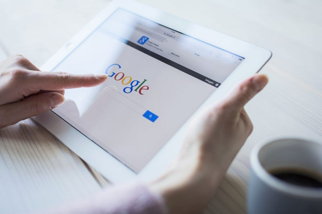 46% of all searches on Google are still local so is your #localSEO working for you?  Find out more:  http:// buff.ly/2u5ki  &nbsp;  <br>http://pic.twitter.com/sHSXHKGxJE