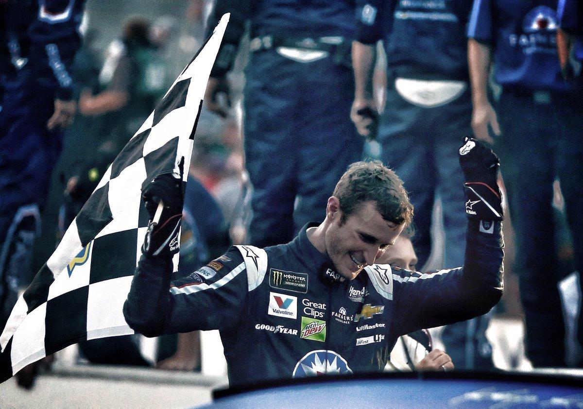 Never ... ever ... give up.   #NASCAR #Brickyard400<br>http://pic.twitter.com/9xfPFtjQUM