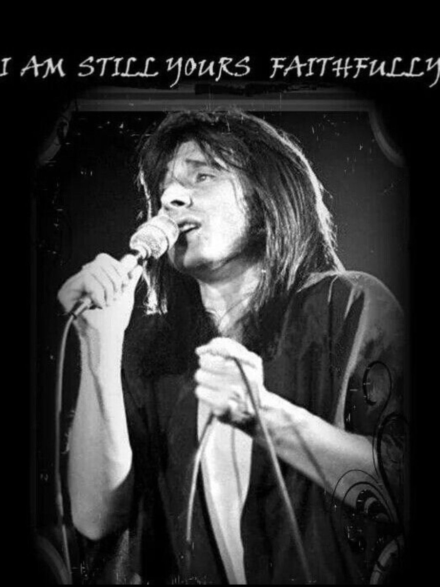#StevePerry fans are still #Faithfully waiting for his return to music. He will always be #TheVoice #FansLoveSteve  #RockStar #70s #80s<br>http://pic.twitter.com/NffQuzEiOu