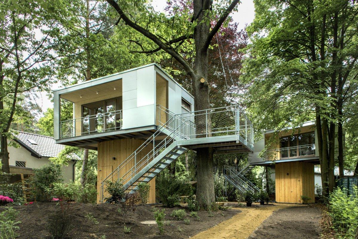 Urban Treehouse by Baumraum    http://www. homeadore.com/2015/04/02/urb an-treehouse-baumraum/ &nbsp; …  Please RT #architecture #interiordesign <br>http://pic.twitter.com/qTzdNoUoJY