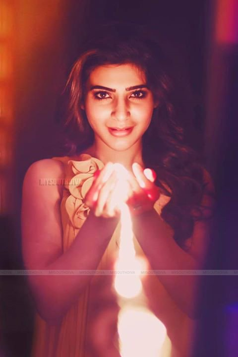 Check out this charming look of Sam. @Samanthaprabhu2  #Tollywood #MSD #actress #defstar5 #Kollywood #makeyourownlane #Bollywood #Samantha<br>http://pic.twitter.com/NHMCL1HXgT