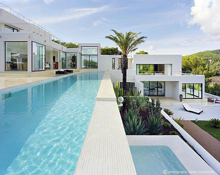 Casa Jondal by Atlant del Vent    http://www. homeadore.com/2014/08/19/cas a-jondal-atlant-del-vent/ &nbsp; …  Please RT #architecture #interiordesign <br>http://pic.twitter.com/f4s4efN958