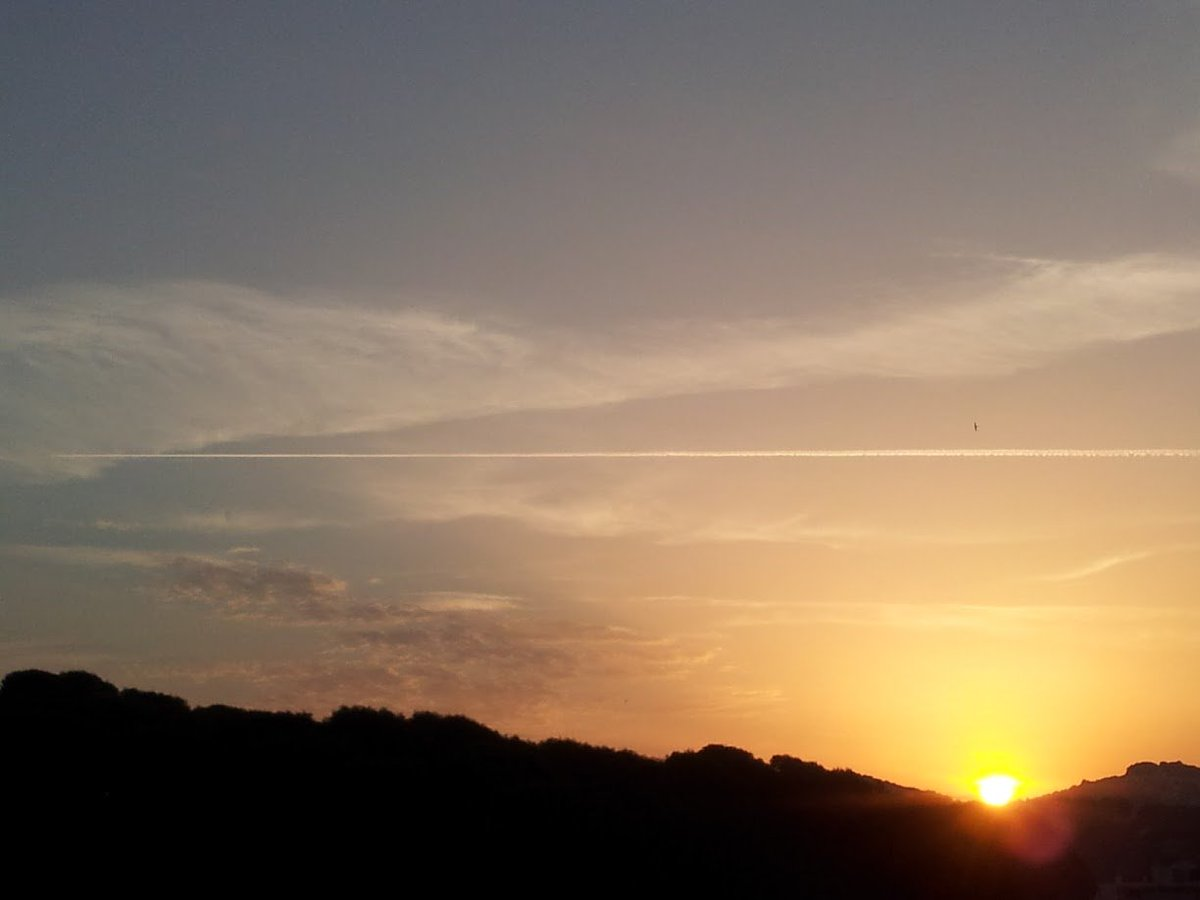 #LeCannet near #Cannes from my #windows... another day, another morning<br>http://pic.twitter.com/r92HrDuqwZ