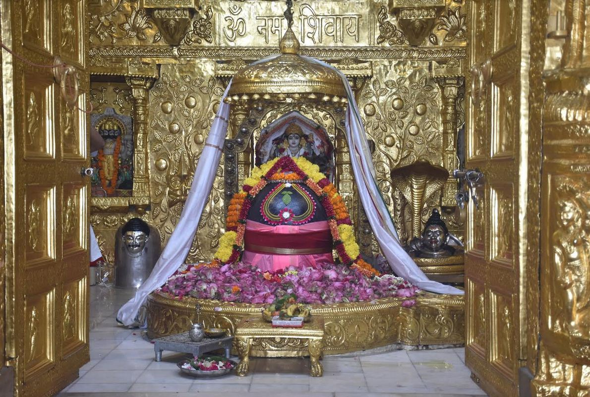Gujarati Shravan with many special yog this year, devotees throng Shiva temples