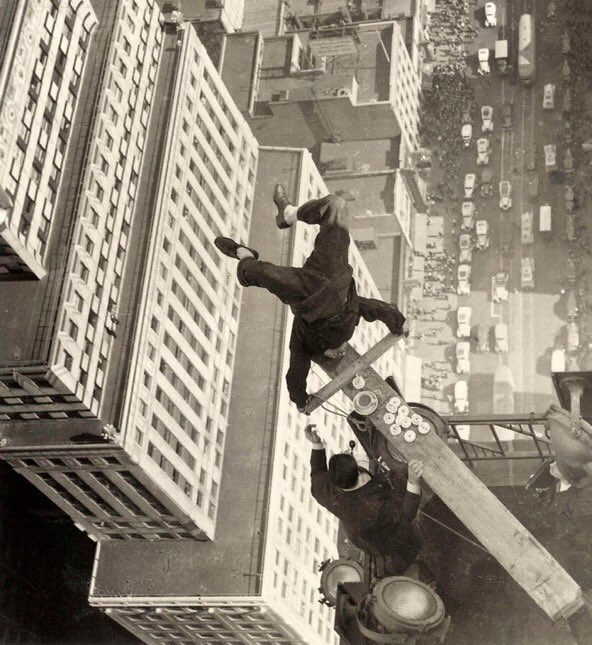 #BonDia  Harold Lloyd, 1939. <br>http://pic.twitter.com/yOHj1W38wF