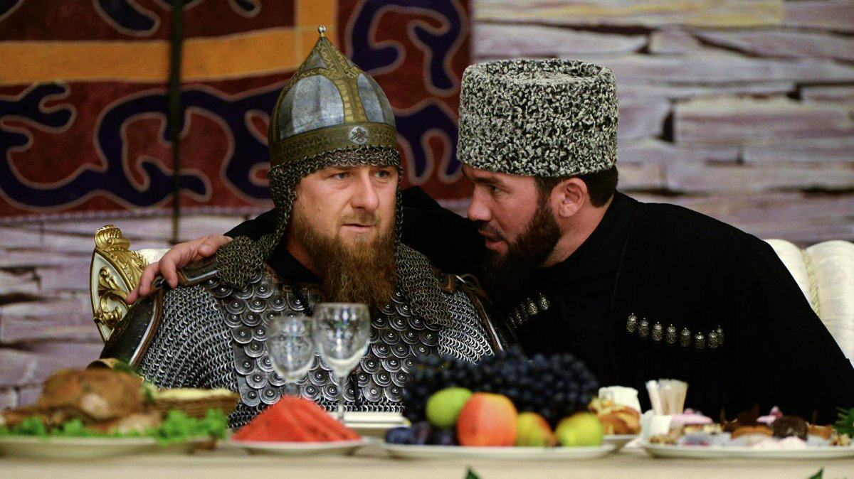 Bagarre, bling-bling et fan de lions : Ramzan Kadyrov, l'ami du Kremlin qui persécute les homosexuels de Tchétchénie https://t.co/6nd0eZ1uug