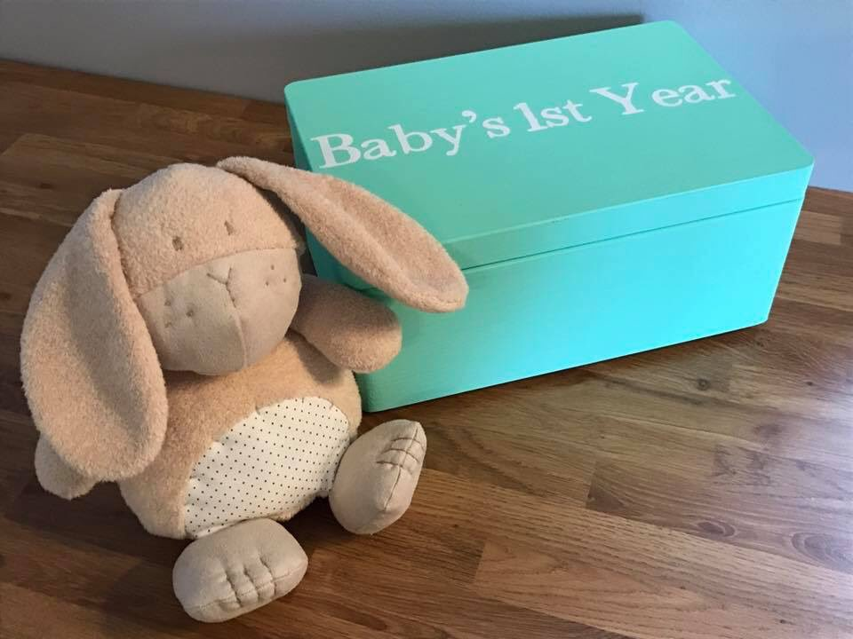 Our personalised keepsake boxes make gorgeous gifts for new parents  #newbaby #babyshower   https://www. etsy.com/uk/shop/Little WoodenBarn &nbsp; …  <br>http://pic.twitter.com/fUckmfPyIN