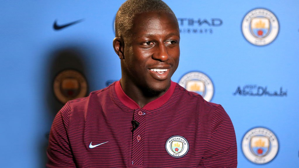 .@benmendy23 is a !   Check out the signing gallery for his first shots in #mcfc colours!     http:// bit.ly/2upsNVg  &nbsp;   #BlueMendy<br>http://pic.twitter.com/Vks2OybQ7t