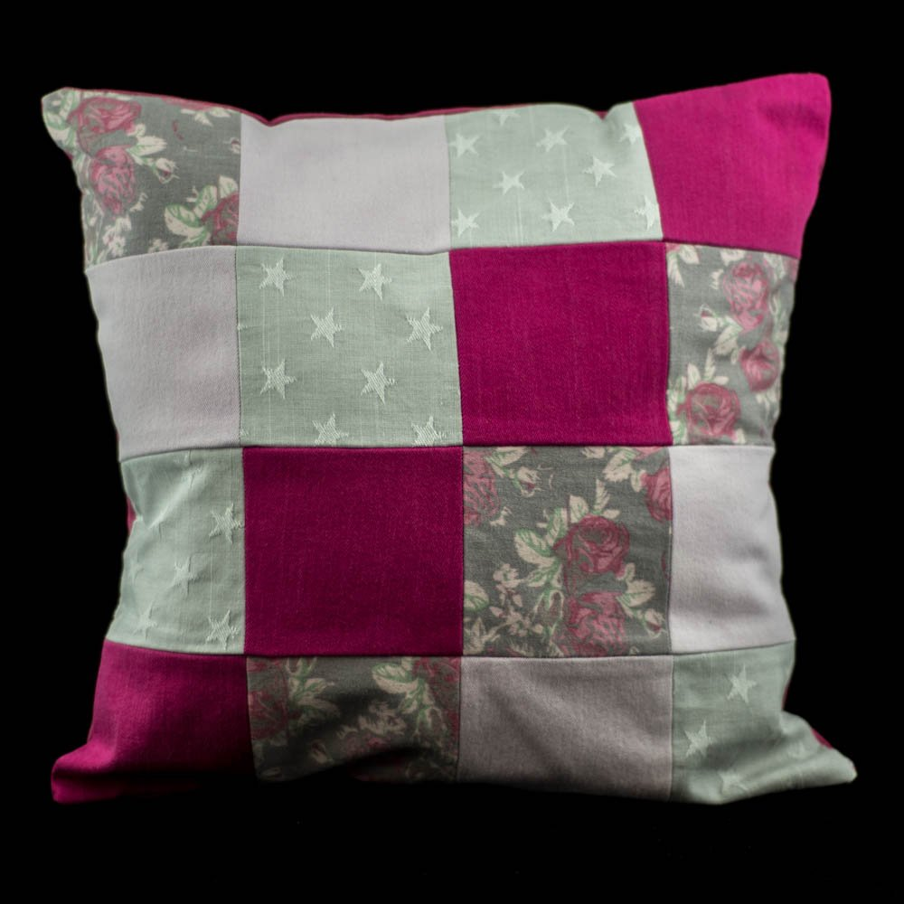 Pinks patchwork cushion.Handmade by us here at Amelia&#39;s Grotto #pink #patchwork #cushion #stars #floral #handmade #forsale #ameliasgrotto<br>http://pic.twitter.com/oAJ1HLZPS3