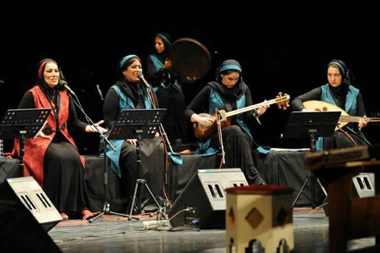 #Iran: #Women's #concert banned in almost all Iranian provinces  http:// bit.ly/2gW59Ln  &nbsp;   #humanrights<br>http://pic.twitter.com/tf9pCUPjUJ