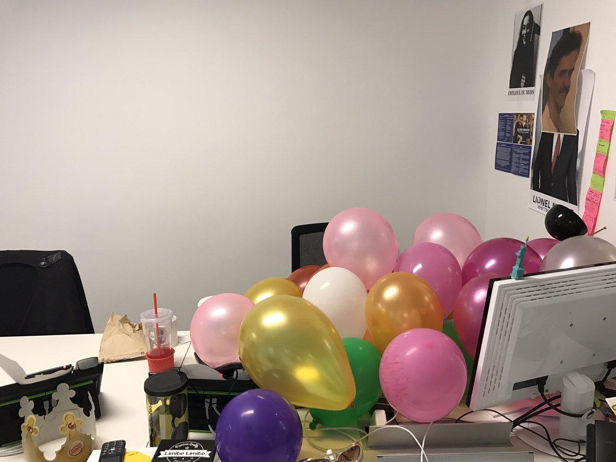 Merci @galipompom pour ce bureau festif.