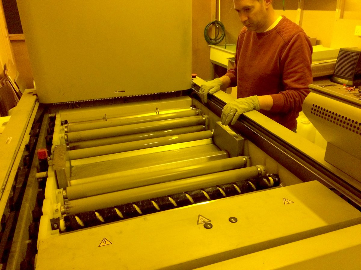 Preparation is Essential! Neil from the Pre Press Department is cleaning out the plate processor ready for the working week. #print <br>http://pic.twitter.com/L9dQbd0nyP