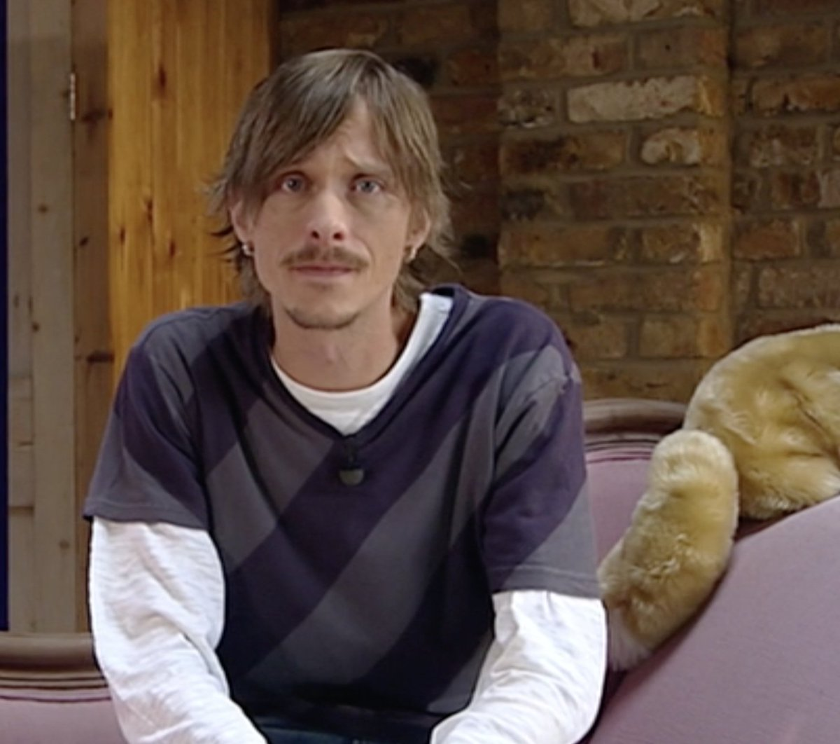 Ahoy, mateys! All hands on deck for tonights #BedtimeStory   Mackenzie Crook reads &#39;Don&#39;t Mention Pirates&#39; at 6:50pm   #PiratesLife <br>http://pic.twitter.com/73iuEQzaie