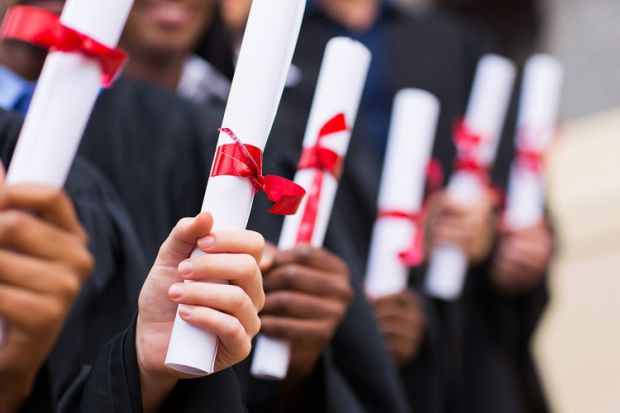 One in five alternative providers seeking #degree-awarding powers writes @JElmes_THE @timeshighered. #HE   http:// bit.ly/2tj3gZO  &nbsp;  <br>http://pic.twitter.com/fK1EMciL6P