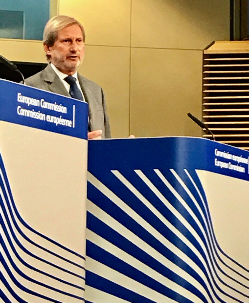 .@JHahnEU on #Turkey: I refocused #EU aid on civil society. But poss. suspension of #IPA depends on EU MS&#39; decision.<br>http://pic.twitter.com/4ikjUNM2AM